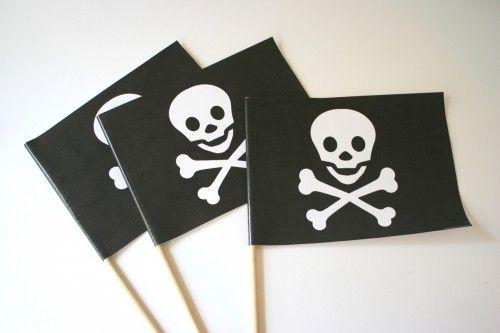 diy bandera fiesta pirata niños decoración cumpleaños calavera pirate flag party children kids birthday decoration skull miraquechulo
