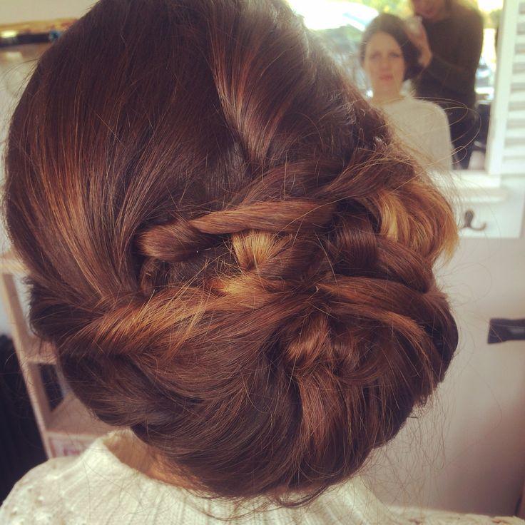 Vintage intertwined bridal hair