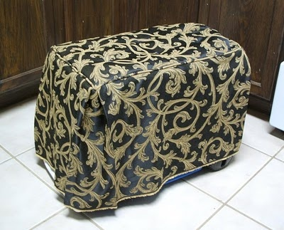 """Footstool""/""ottoman"" cooler cover. Definitely will have to make myself one of these!"