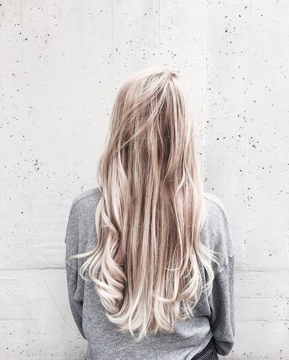 long messy hairstyles | loose | small curls | natural | curly | waves | wavy | ombre | blonde #MessyHairstylesCurly
