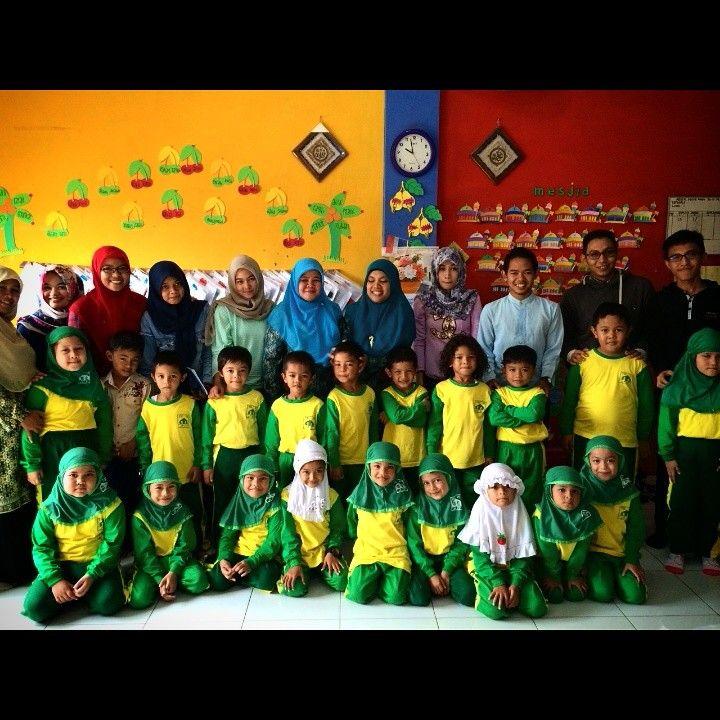 Community Visit kelas B.2 ke TK IT Al-Azhar Lamgugob...