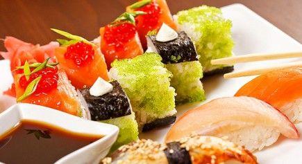 """Насладись шедеврами кулинарии! Скидка 60% на все сеты и 50% на все остальное меню, кроме напитков, от японского ресторана доставки """"Честные сеты""""!"""