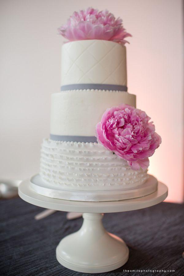 Pin By Kristan Ruggiero On Weddings And Celebrations Wedding Cakes Cake Desserts Cake