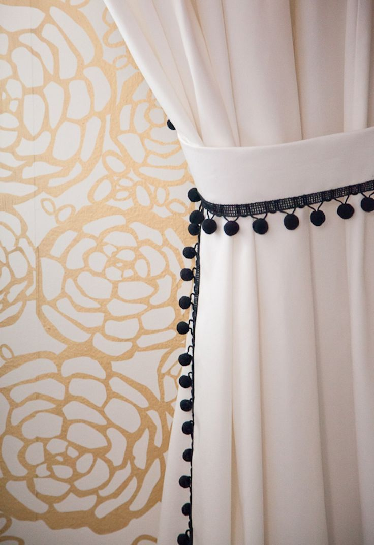 Black and white curtains bedroom - Bijou Boheme Home Tour Read More Http Www Stylemepretty