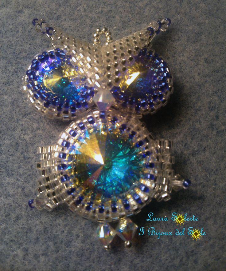 Ciondolo Gufo Crystal Silver - cristalli Swarovski. Disponibile in 10-15 Giorni dall'ordinazione. Pendente del gufo Topaz. . Disponibile in 10-15 giorni dall'ordine. Euro 40