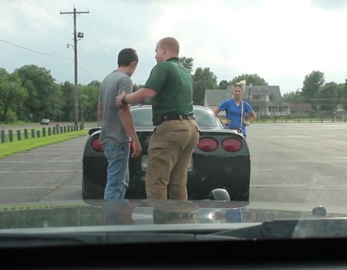 Traffic stop ends in a life sentence - http://a1viral.com/traffic-stop-ends-in-a-life-sentence/