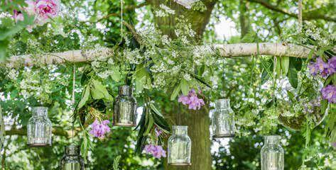 Walter Van Gastel - Zomerse Picknick - glazen lantaarns Casa Vivante - Foto Landelijk Wonen, styliste Marie Masureel, fotograaf Claude Smekens