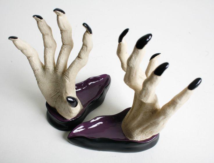 httpstoreabsolutelyfabulous1comwall mount spooky - Spooky Halloween Store