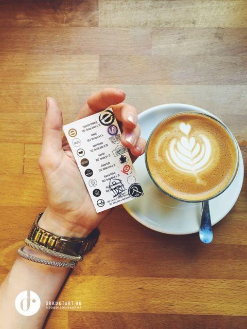 Flat white - Madal Café - Budapest - More: http://drkuktart.blog.hu/2015/03/23/budapest_coffee_tour