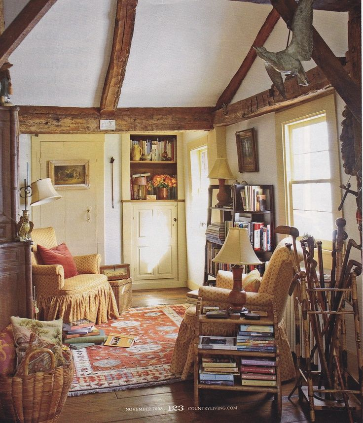 Cosy sitting room english country pinterest sitting rooms stacked books and beamed ceilings - English style interior design rigor and comfort ...