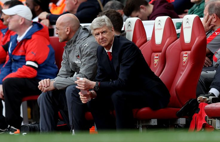 Arsenal transfer talks seem to reveal Arsene Wenger will stay on as manager