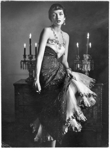 Maxime de la Falaise in Schiaparelli, 1949 by Gordon Parks #style #fashion #40s