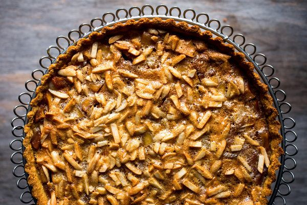 The apples are caramelized first with sugar and spices, then spread in the pastry, topped with an almond, egg white and sugar topping, and baked. (Photo: Andrew Scrivani for The New York Times): Almond Topping, Almonds, Recipe, Delicious Desert, Glutenfree, Gluten Free Shell