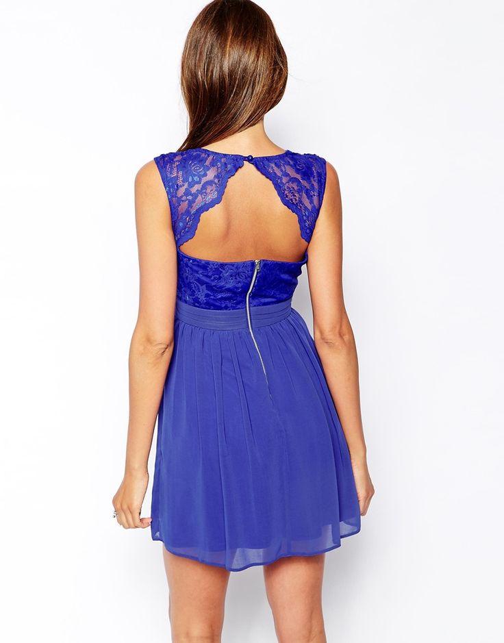 elise ryan robe bleue patineuse effet cache c ur en dentelle festonn e asos couture. Black Bedroom Furniture Sets. Home Design Ideas