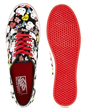 hello kitty vans! Can I PLEASE have these?!  Two pair - one for me and one for my six year old!!! *D