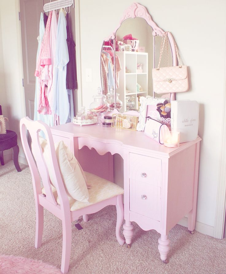 25 Best Ideas About Pink Vanity On Pinterest Girls Vanity Table Pink Dres