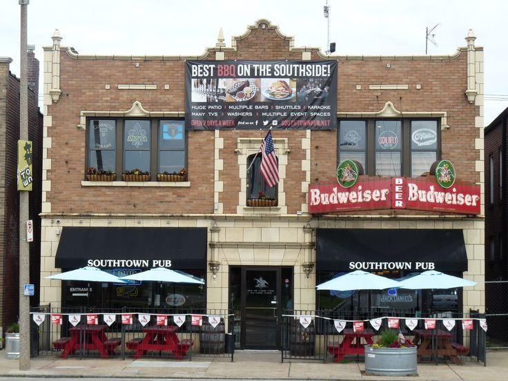Southtown Pub in Southtown St. Louis. Great beers, food and free shuttle bus to Cardinal's games.
