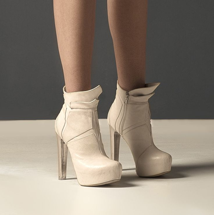 Essenza architectural nude ankle boots, highheel designer limited edition