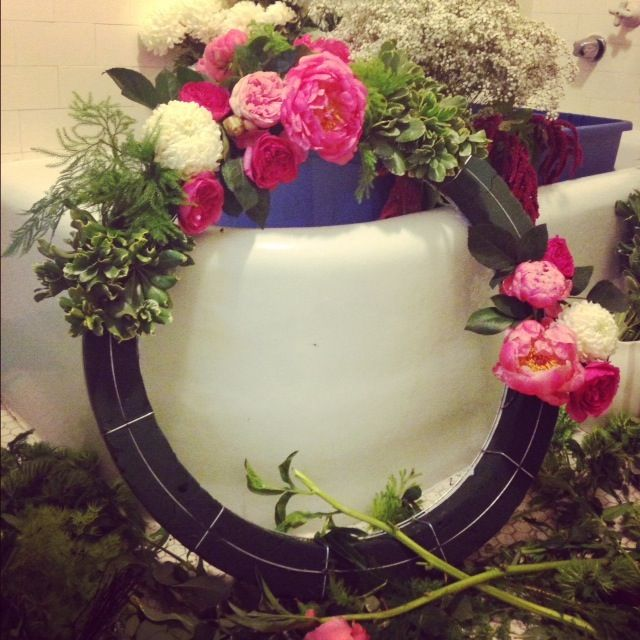 17 Best Images About Fresh Flower Wreaths On Pinterest