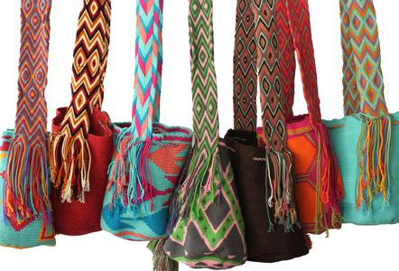 Find out the Wayuu mochilas of different colors