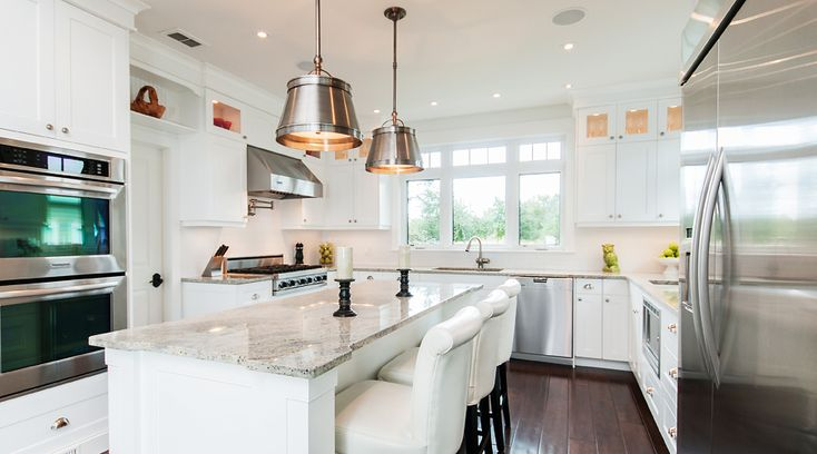 Deslaurier Cabinets - White Lacquer on MDF