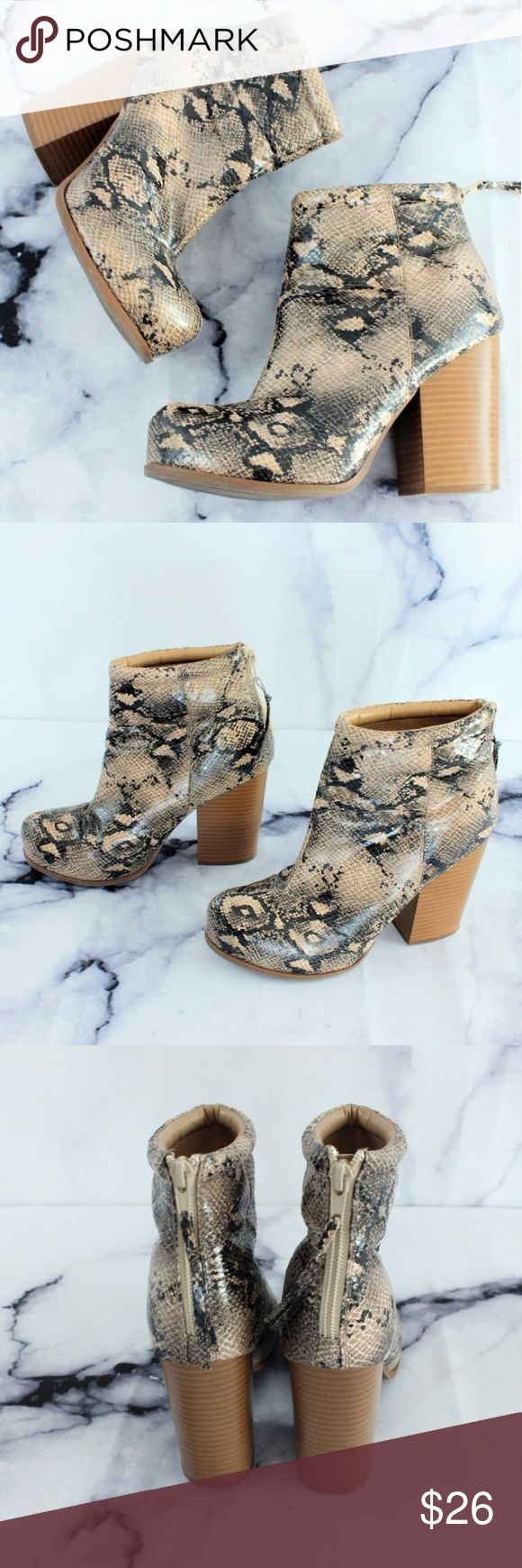 """Elle Elshelly Snake Print Ankle Boots Block Heel 8 CONDITION: USED STRETCH: true to size. Vegan.  FLAWS: pointing to a scuff on 4"""" block heel. Feel free to send me an offer -OR- Just add whatever you like into a bundle I'll send YOU an offer with an exclusive discount! Elle Shoes Ankle Boots & Booties"""