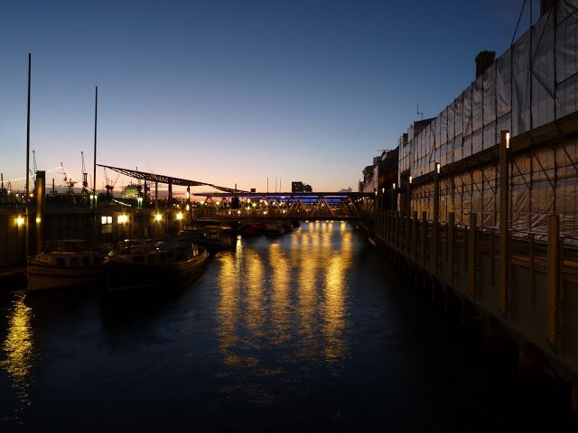 Hambourg by night
