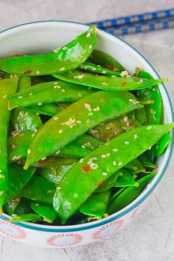 Low calorie sesame salad that makes a wonderful side dish!