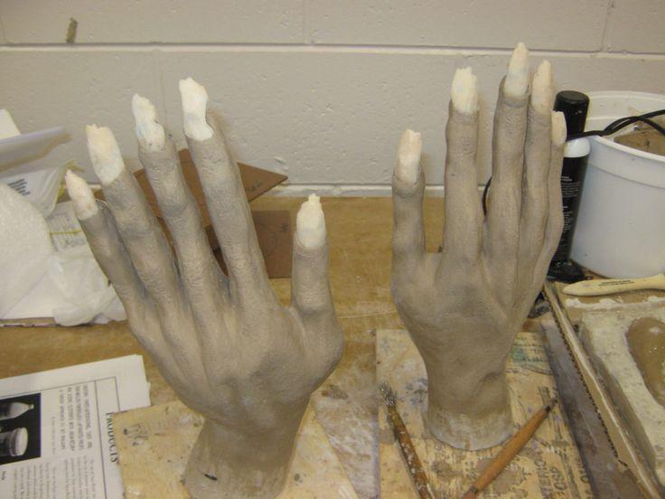 Hands i sculpted