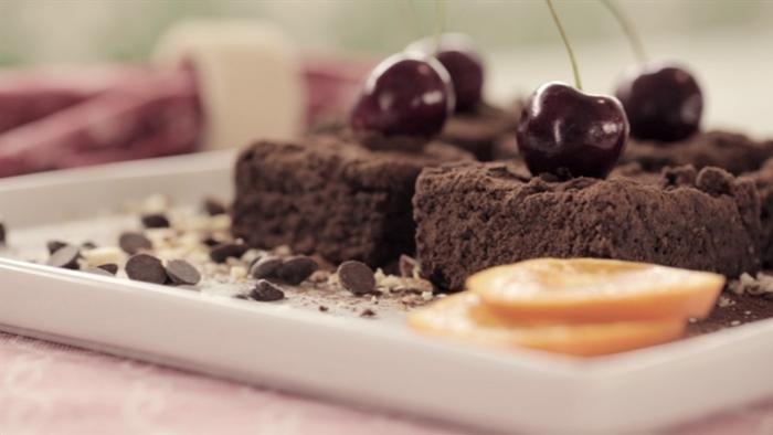 Brownie de Chocolate - Comer Bem Que Mal Tem - Flávio Passos
