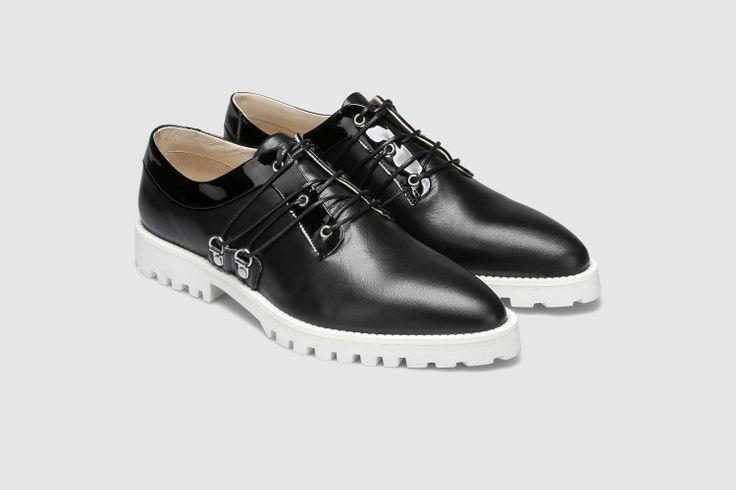 Sapatos LUIS CARVALHO X EUREKA
