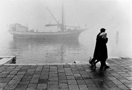 Fulvio Roiter - Passeggiata alle Zattere - 1965