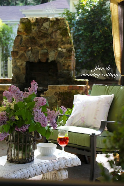 FRENCH COUNTRY COTTAGE: English Garden Inspired Patio Makeover with Kmart