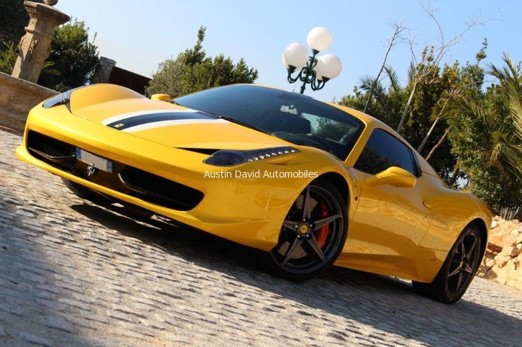 Découvrez et vivez la beauté, passion et puissance avec cette magnifique Ferrari 458 Spiderde 2012. / Discover and live beauty, passion and power with this magnificent 2012Ferrari 458 Spider.