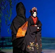 Japanese Puppets Bunraku | Ok, so maybe I'm a bit biased, but just give me a minute to defend ...