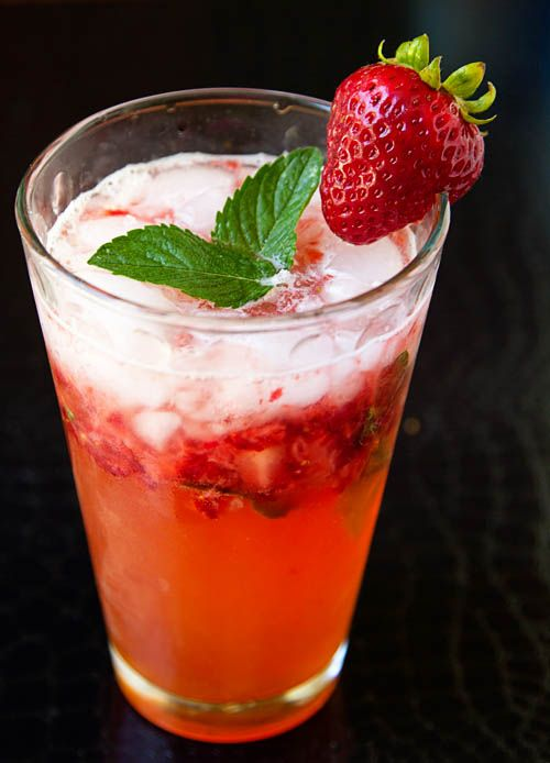 Refreshing Strawberry Crush Mocktail