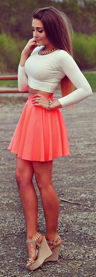 Neon Coral Skirt Streetstyle