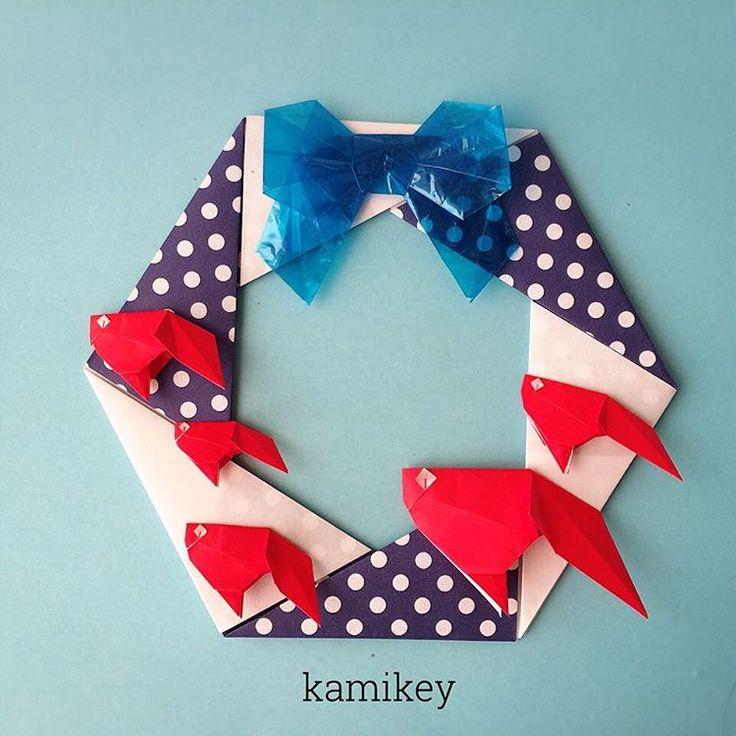 """金魚いかがですかー?「六角リース」「ハサミ1回リボン」「金魚」の作り方はYouTube"""" kamikey origami""""チャンネルをご覧下さい。 Hexagonal wreath Bow Goldfish designed by me Tutorial on YouTube"""" kamikey origami"""" #折り紙#origami #ハンドメイド#kamikey"""