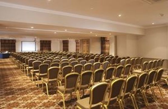 #Surrey - Macdonald Frimley Hall Hotel & Spa - https://www.venuedirectory.com/venue/3326/macdonald-frimley-hall-hotel-and-spa  This wonderful little hotel is an excellent #conference #venue for all sorts of #meetings and #events.
