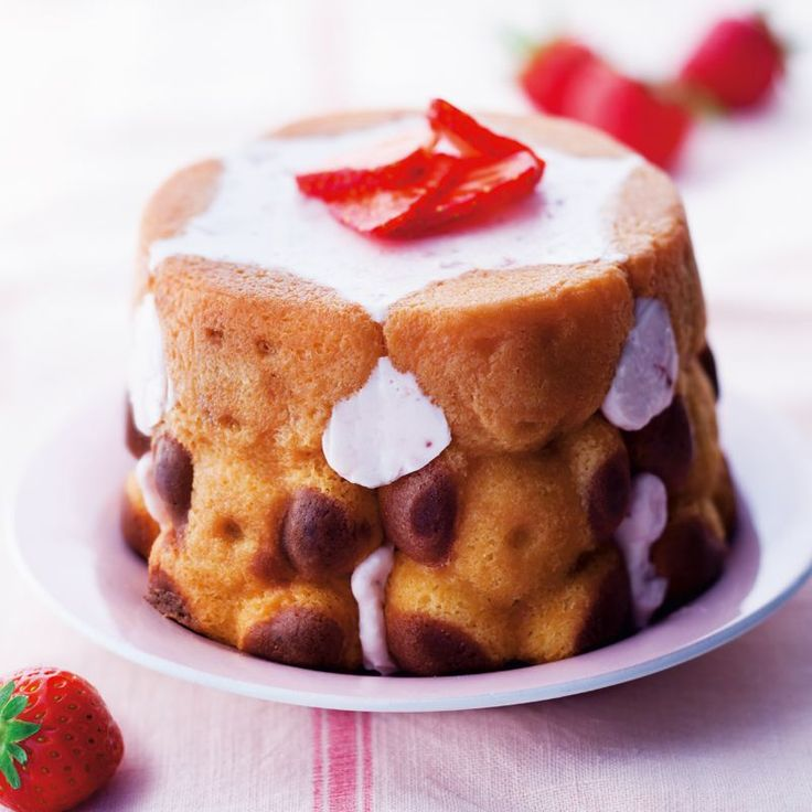 Mini charlotte fraise et fromage blanc avec L'Ourson de Lulu®