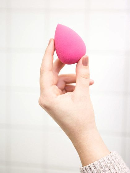 Beauty Blender gehören zu den Must-Haves für jeden Kosmetik-Fan. So benutzt du ihn richtig.