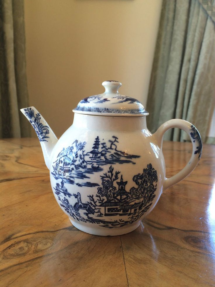 18th Century Bow Worcester Printed Blue Teapot English