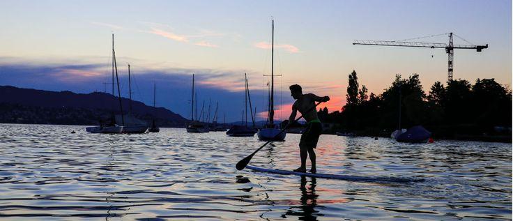Nora und Simon von Athleticflow zeigen dir, wie du deinen Sommer sportlich gestalten kannst: mit Stand Up Paddels!