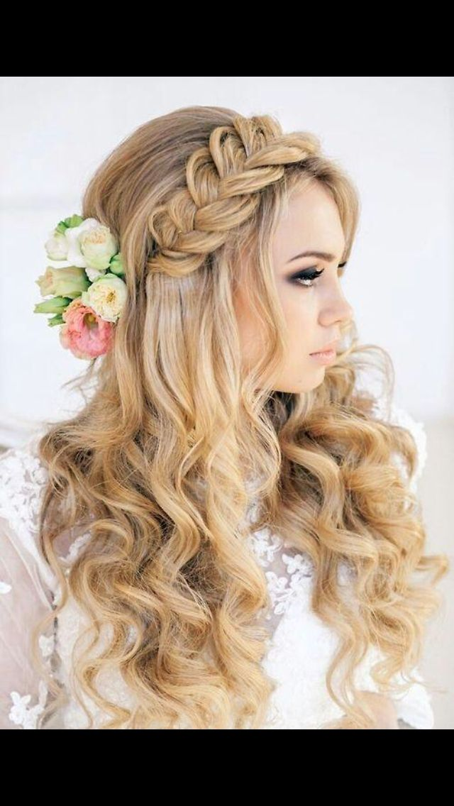1000 Ideas About Side Braid With Curls On Pinterest
