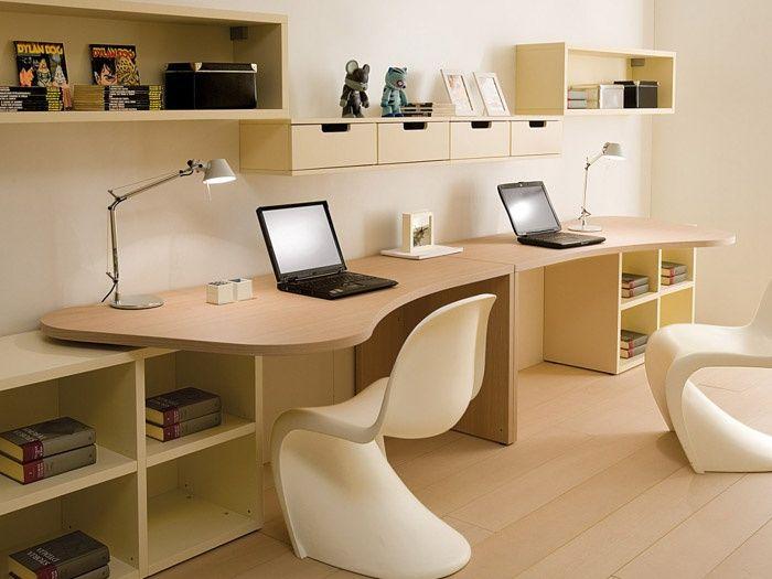 La scrivania 7001_Boxercollection di Dearkids per la camera dei ragazzi può soddisfare ogni esigenza di spazio