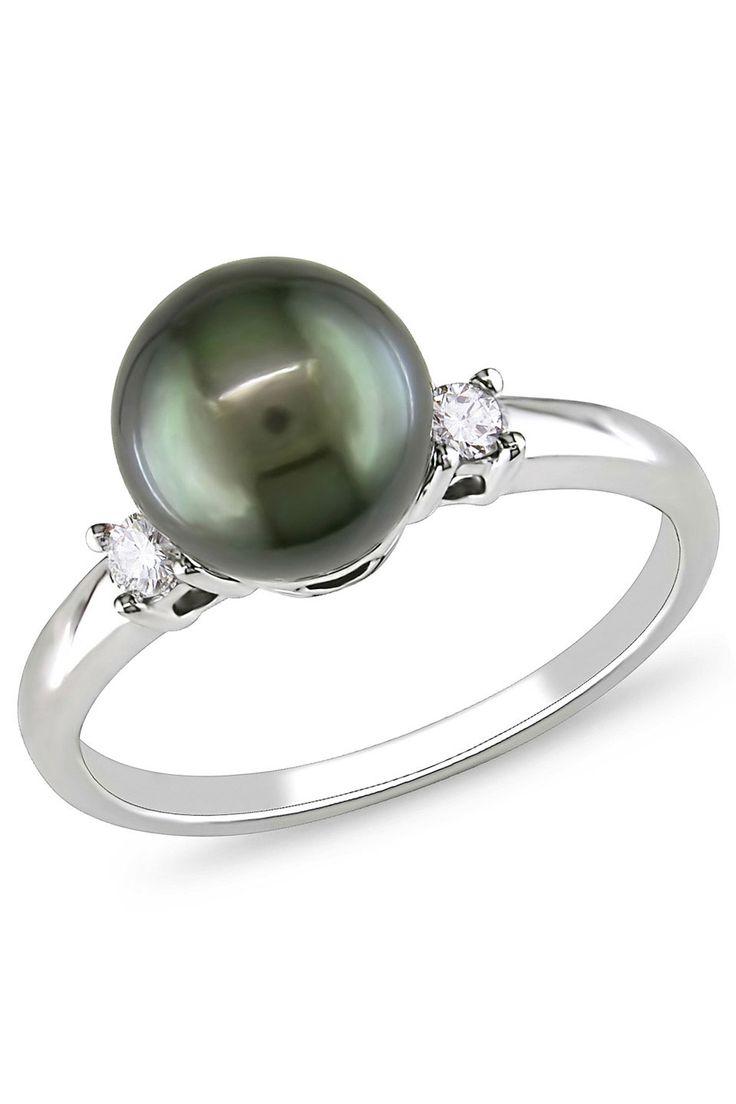 Tahitian Pearl & Diamond Ring.