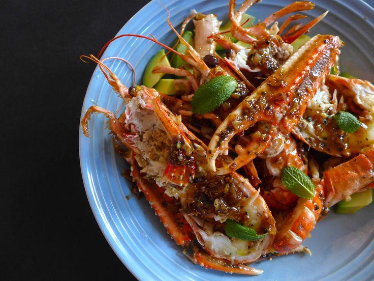 Sortpepper-sjøkreps – Singapore style