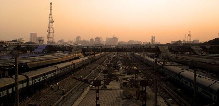 delhi skyline - breath-taking skies