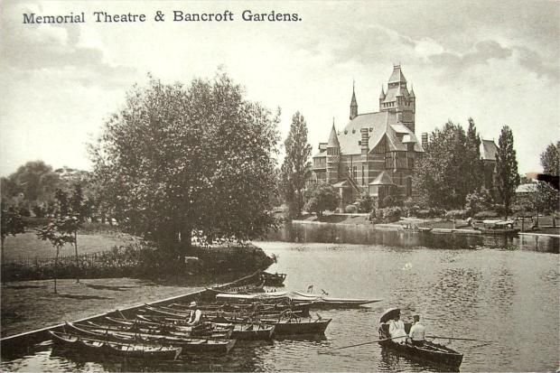 River and Theatre, Stratford-upon-Avon