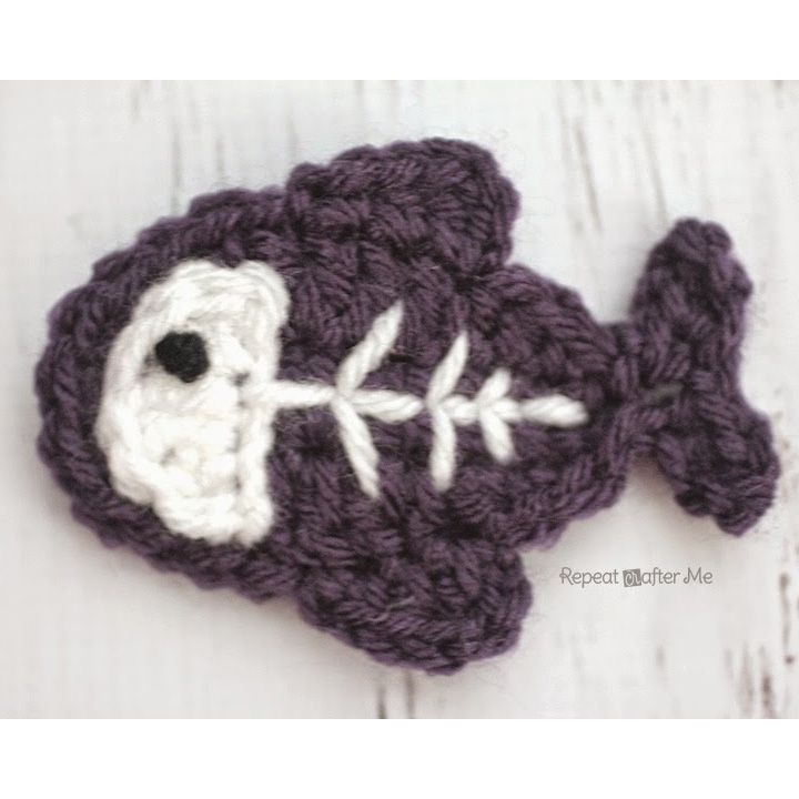 http://www.repeatcrafterme.com/p/crocheting.html
